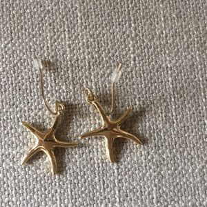 Star fish gold tone wire earrings